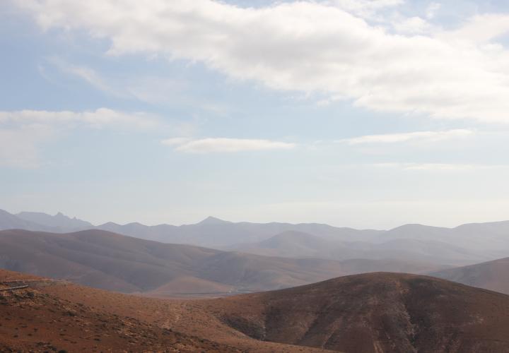 DESERT ROAD 18