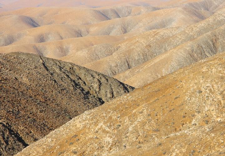 DESERT ROAD 20