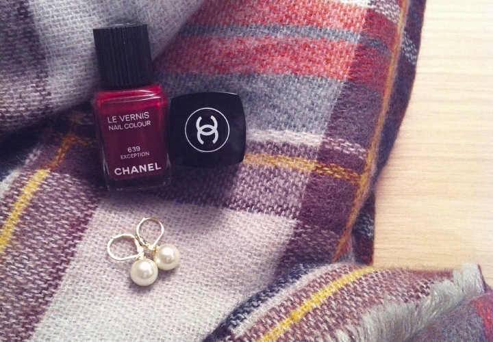 la-souris-coquette-blog-mode-pretty-little-things-vernis-chanel-écharpe-zara-monoprix2