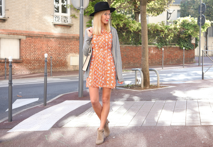 la-souris-coquette-blog-mode-robe-orange-lion-chapeau-minimum-3