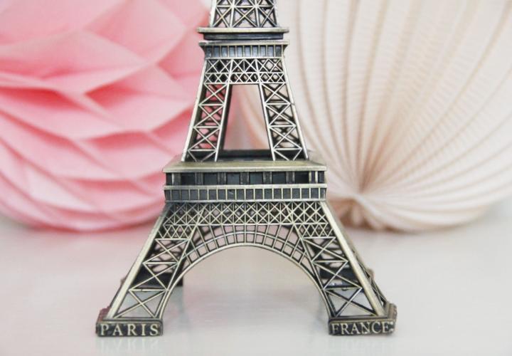 la-souris-coquette-blog-mode-wedding-decor-mariage-décoration-pink-alice-au-pays-des-merveilles-3