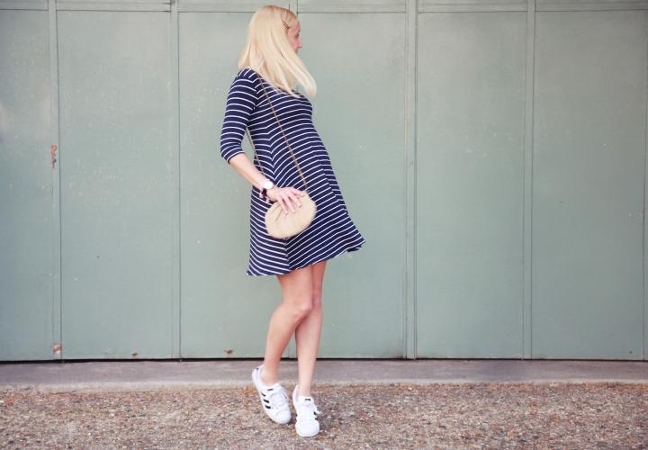 XPORT-CLEAN-la-souris-coquette-blog-mode-grossesse-enceinte-26-semaines-tenue-envie-de-fraises-3