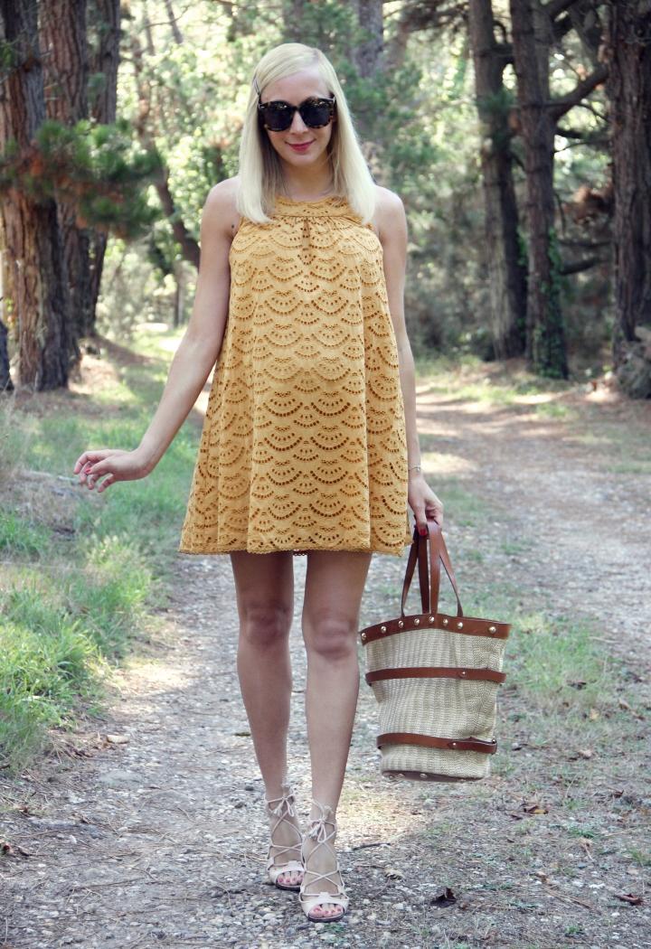 la-souris-coquette-blog-mode-enceinte-grossesse-35-semaines-robe-ba&sh-dentelle-4