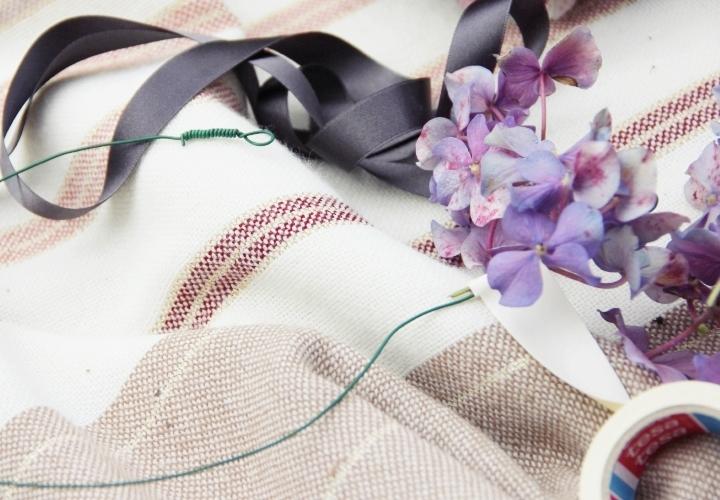 la-souris-coquette-blog-mode-DIY-couronne-de-fleurs-hortensia-11