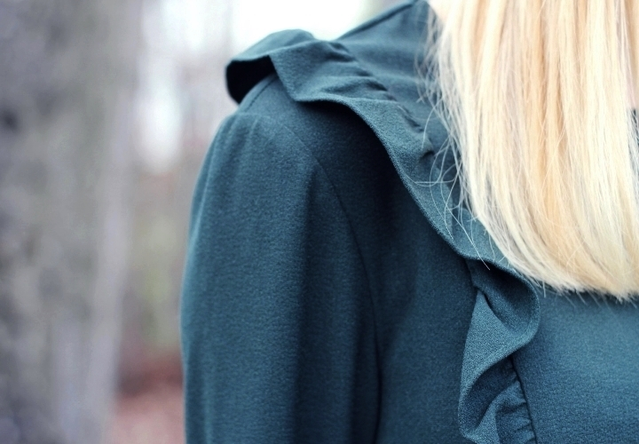 la-souris-coquette-blog-mode-zara-blouse-volants-8