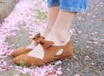 la-souris-coquette-blog-mode-paris-cerisiers-fleurs-trench-claudie-pierlot-sac-chat-sezane-6
