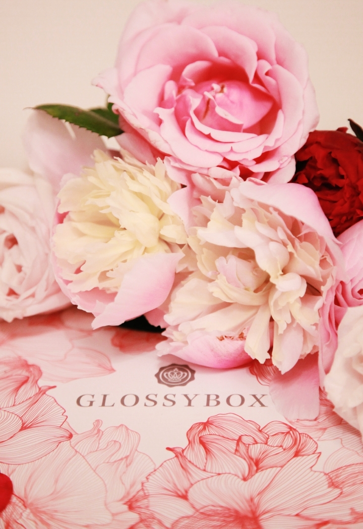 la-souris-coquette-blog-mode-beauté-glossy-box-filled-with-love-4