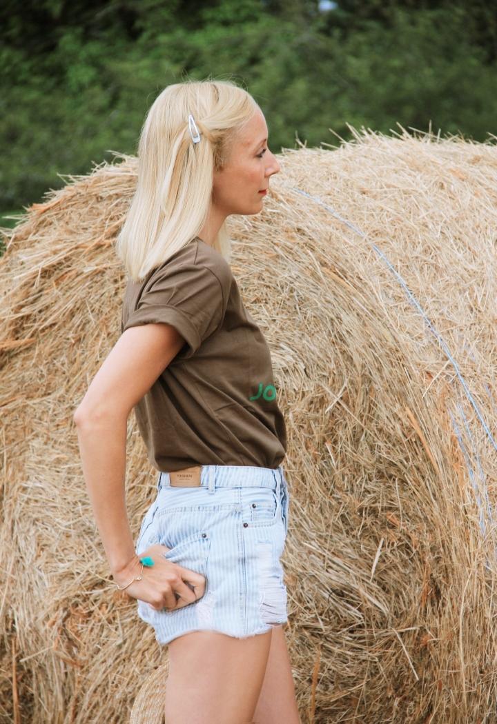 la-souris-coquette-blog-mode-champs-foin-paille-john-deere-countryside-boho-5