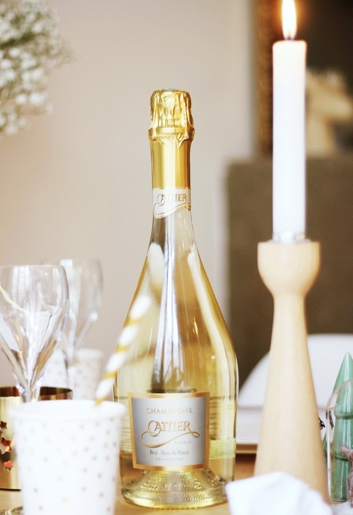 blog-deco-idee-table-noel-reveillon-scandinave-cattier-champagne-18